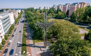 Krzyż przy Urzędzie Miasta Gdyni