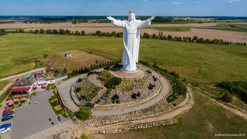 Figura Jezusa Chrystusa, Króla Wszechświata - Świebodzin